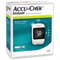 Accu-Chek Instant bloedglucosemeter van Roche